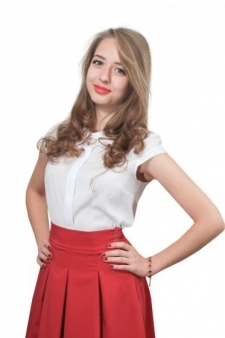 Елена Кожухарь